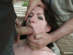 русское порно жену ебут в рот