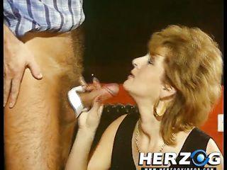 Секс первый раз у парня порно