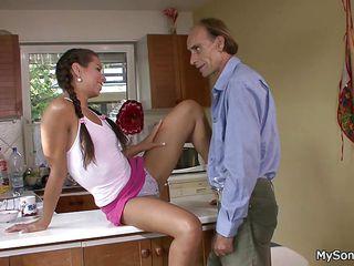 Секс со зрелыми телками